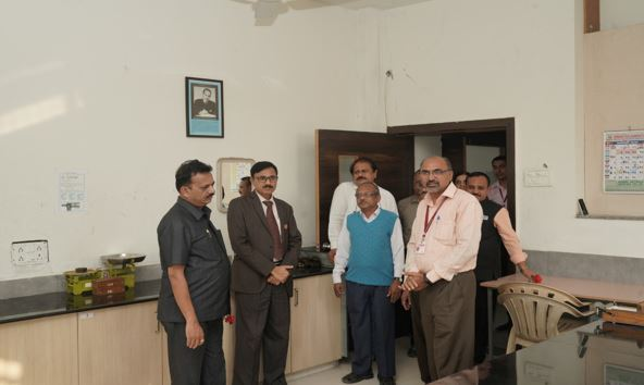 Prof. Dr. Prakash Daulatrao Patil (Chairman) Local Inquiry committee with our Principal Dr. C. G. Dighavkar visited to Physics Dept. on 21 Jan. 2020 for permission of M.Sc. Physics program.